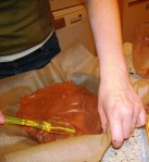 S making chocolate cake
